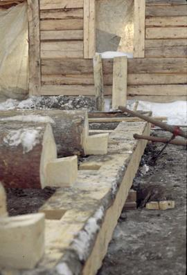Fort Edmonton Park  -Dwelling house - view of dovetail joints for ground floor sill construction