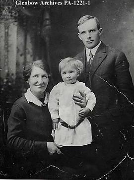 John and Maisie Stokoe with their son Jim, Altario, Alberta.