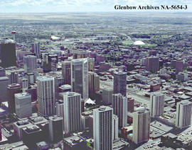 Aerial view of downtown city centre, Calgary, Alberta.