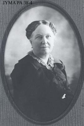 "Mrs. Dorothy Phillips, mother of Donald ""Curly"" Phillips."