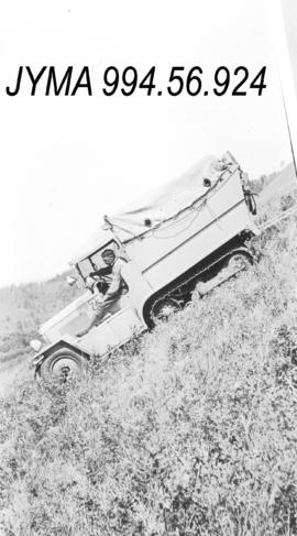 [Bedaux Expedition] : Citroen half tracks on the Bedaux trail, British Columbia