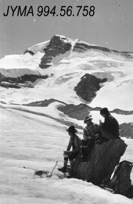 [Rodger Party expedition], [Jasper National Park?]