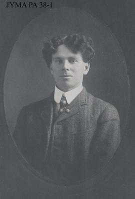 "Portrait photo of Donald ""Curly"" Phillips."