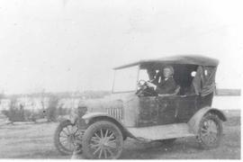 Model T-Ford with Bill Bellerose