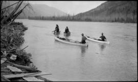 Men in boats on Columbia River