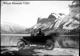 Old car at Minnewanka