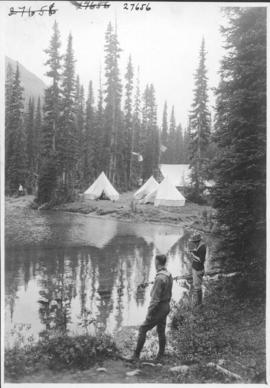 Alpine Club camp scenes, Summit Lake, Yoho Valley / 27656