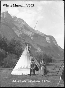 Stoney Indian & squaw : [Stoney man and woman]