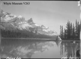 Trip to Columbia Icefield, Maligne Lake with teepee / Lewis Freeman