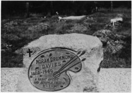 Headstone on grave of Nora Drummond-Davies